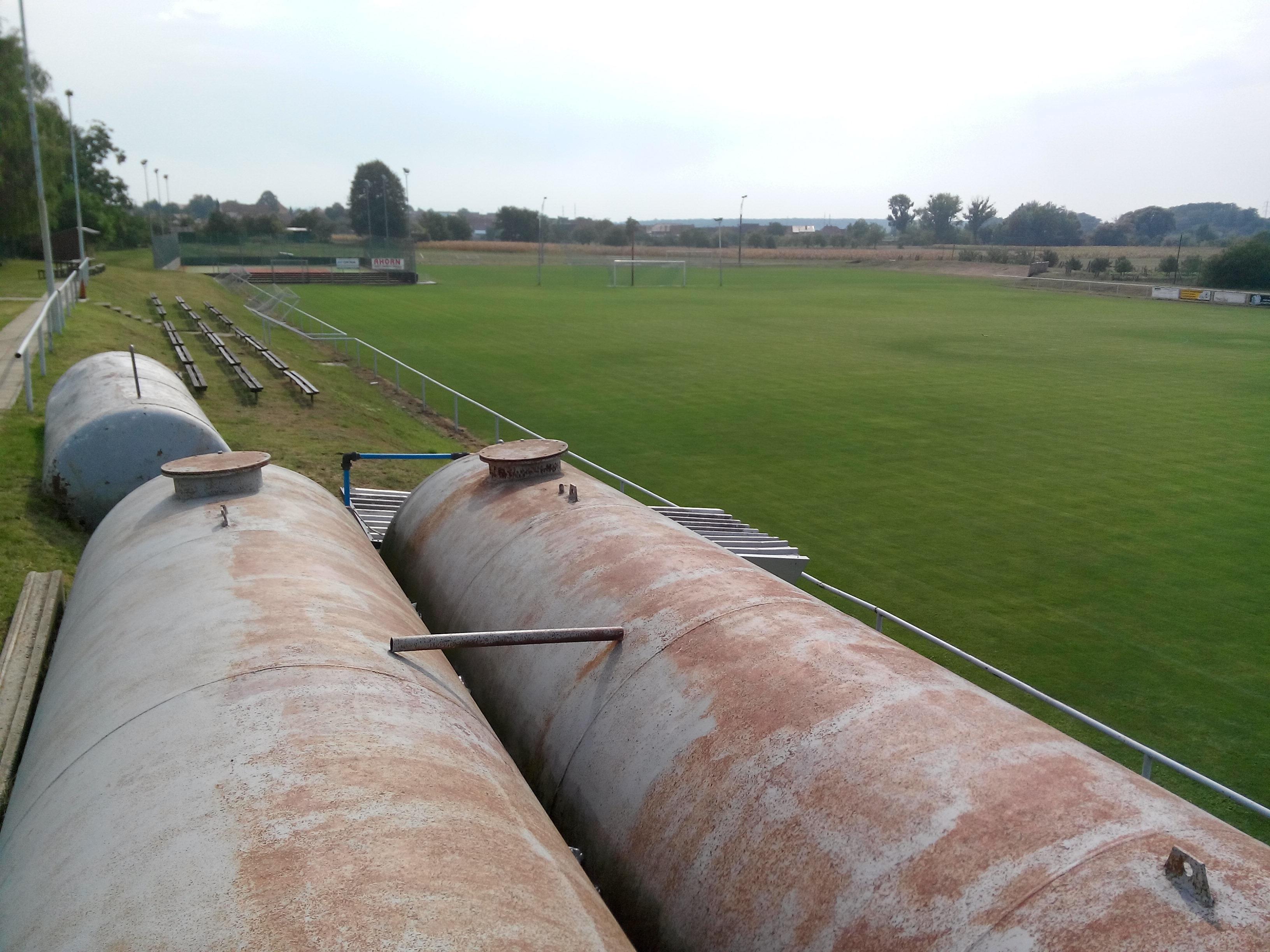 fotbalové hřiště   tréninkové hřiště